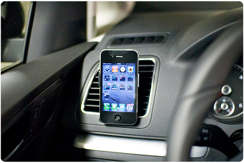 iphone_car