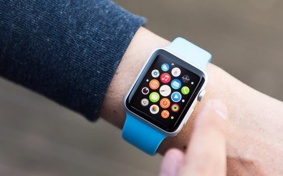 Apple Watch получил в России популярность флагманских смартфонов
