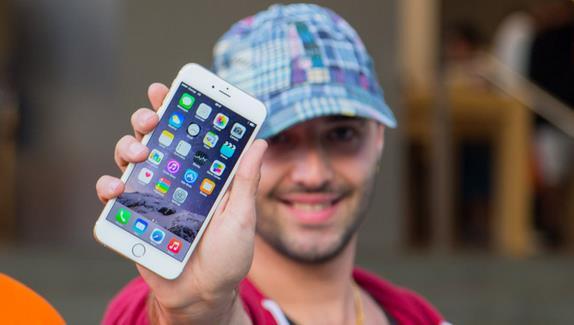 Каждый третий россиянин готов приобрести iPhone 6s