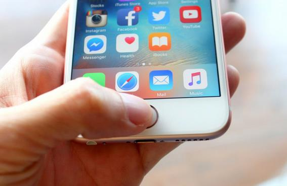 Владельцы iPhone 6s жалуются-1