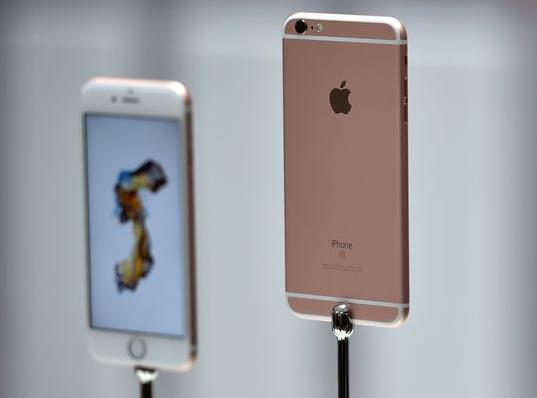 iPhone 6S продолжают самопроизвольно отключаться
