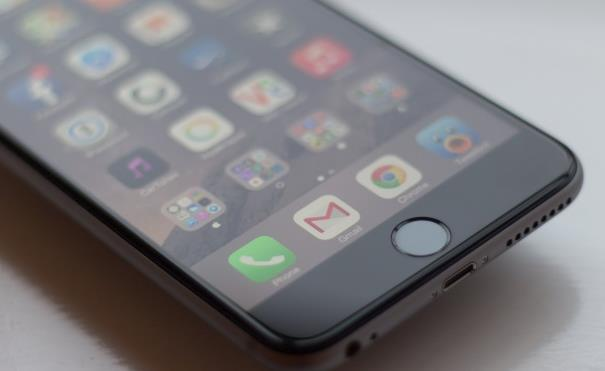 Сколько будет стоить iPhone 5se в России?